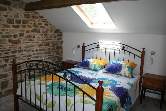 slaapkamer gîte  La Marmite, Liabaquet, Sarlande