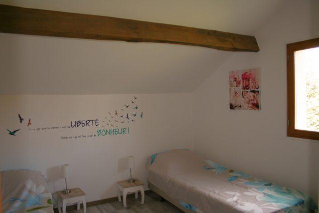 slaapkamer vakantiehuisje, gîte La porcherie, Liabaquet, gîtes et camping, 24270, Sarlande, Dordogne, Frankrijk.