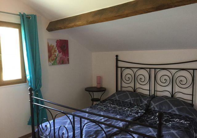 chambre gîte La Porcherie, Liabquet gîtes et camping, 24270 Sarlande, Dordogne, France.